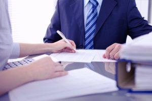 Lees meer over het artikel Uitstel van verplichte schriftelijke arbeidsovereenkomst in kader van de Wab