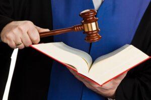Lees meer over het artikel Prejudiciële vragen over weigeren gemachtigde