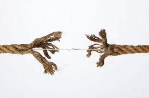 Lees meer over het artikel Ontbinding arbeidsovereenkomst met ex-vrouw van dga